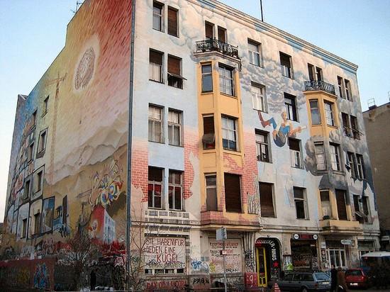 54056_berlino_un_caratteristico_edificio_di_kreuzberg